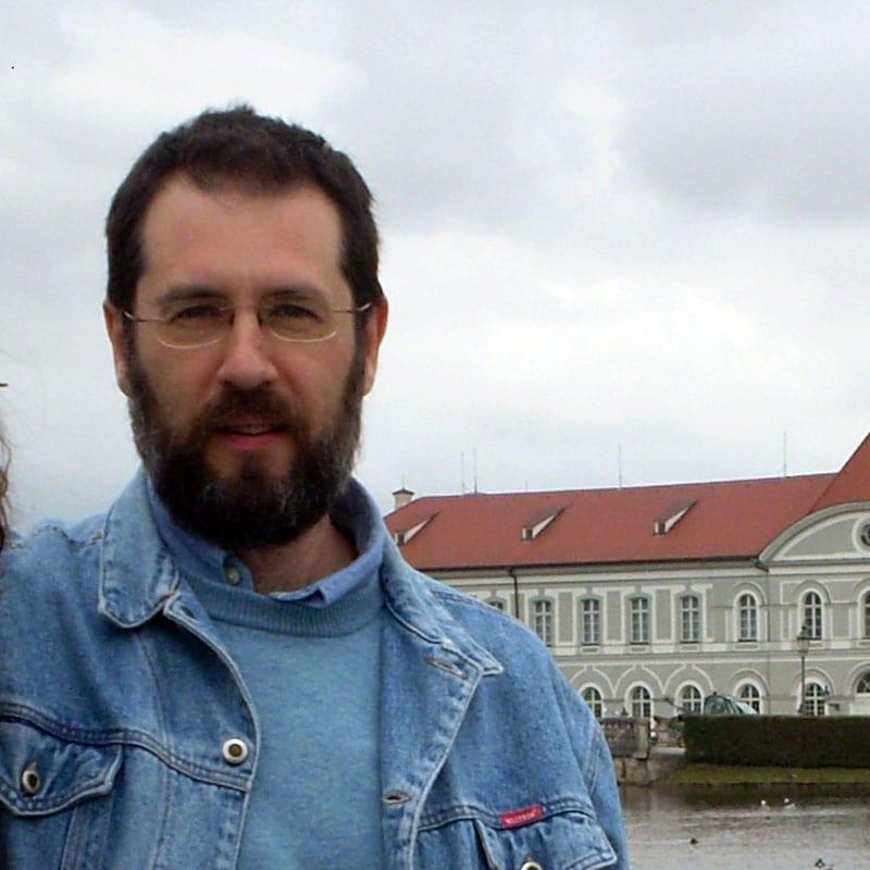 César Zumel